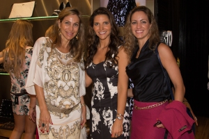 Roberta e Cristina Silva com marja